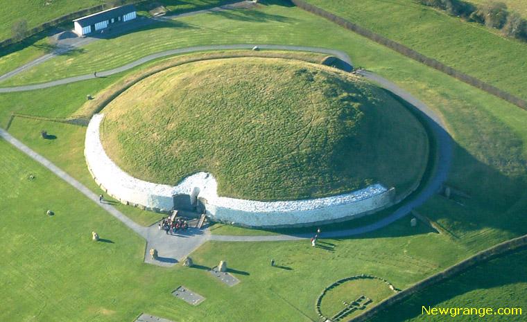Newgrange_aeriallarge