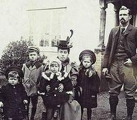 VictorianFamily