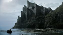 Game-of-Thrones-Kayak-Easter-Eggs
