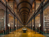 Long_Room_Interior _Trinity_College_Dublin _Ireland_-_Diliff