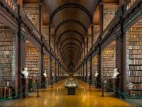 Long_Room_Interior _Trinity_College_Dublin _Ireland_-_Diliff