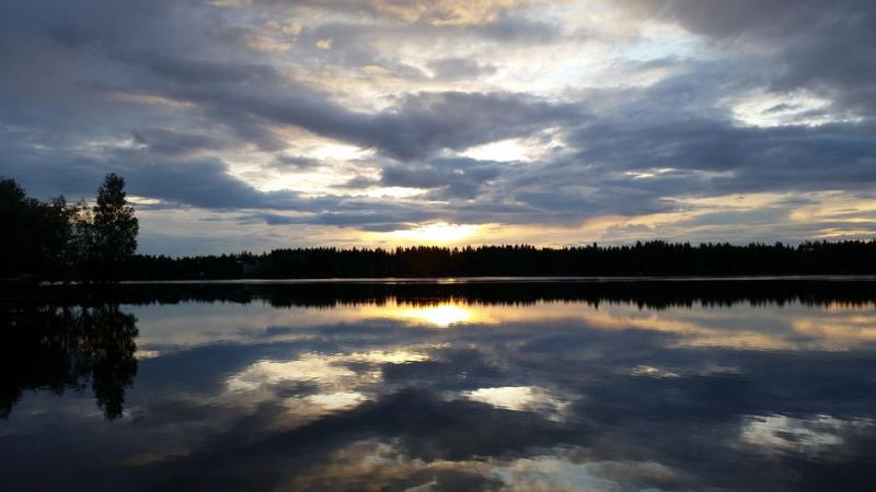 FinlandAri PöntinenVuoksiRiver syysgalleria (katsojakuva)