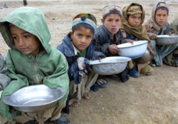 Afghan_refugee_campBehrouz Mehri AFR Getty Images