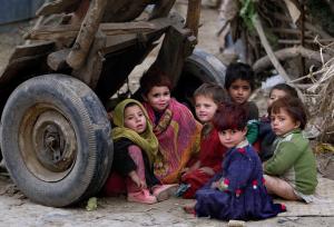Afghan-refugee kids2014-Muhammed MuheisenAP